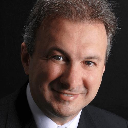 Francisco Massola em Odontologia Estética Integrada