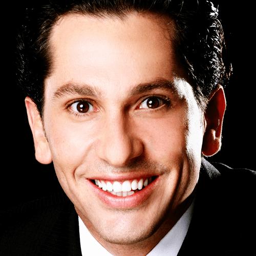 Rogério Zambonato em Odontologia Estética Integrada