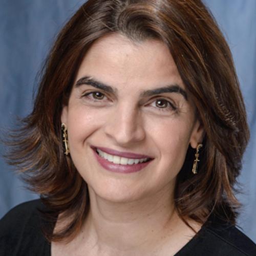 Patrícia Pereira em Odontologia Estética Integrada